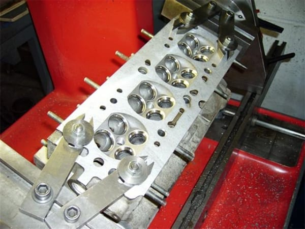 Cleaned Cylinder Head | T&L Engineering Bedford
